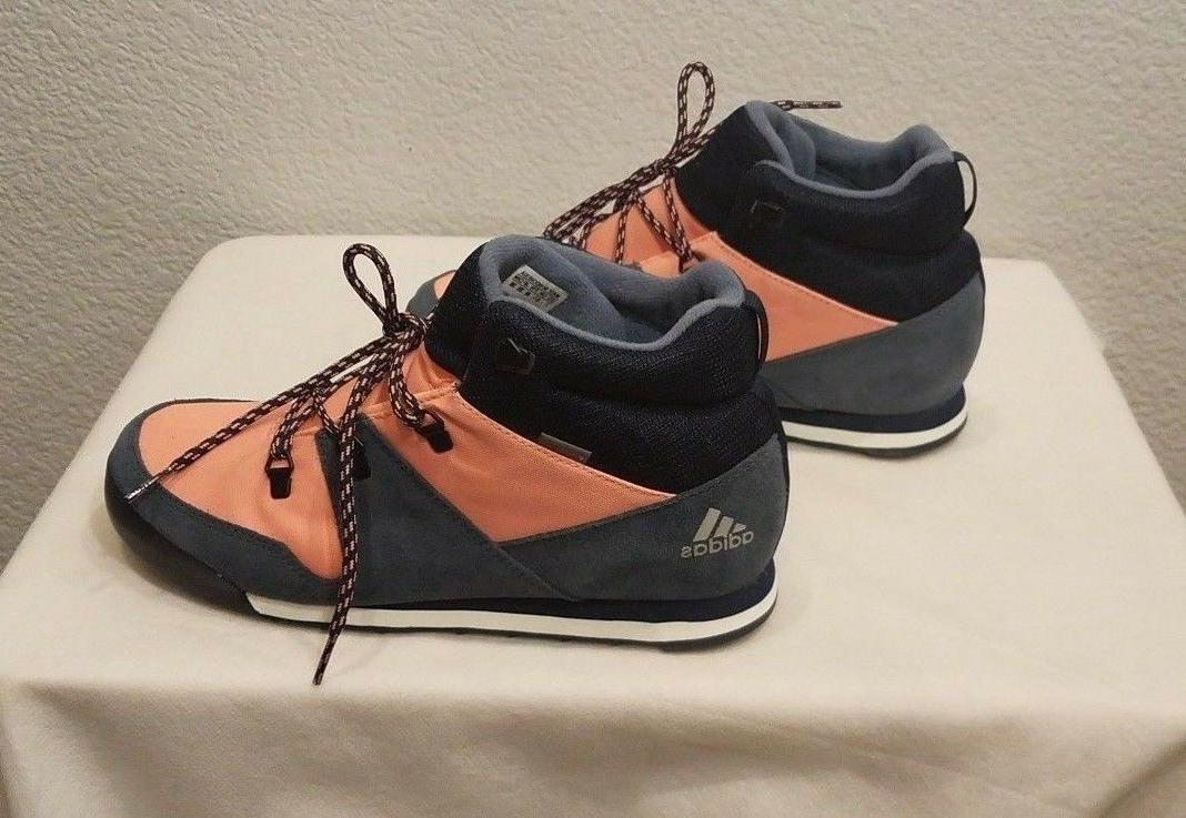 New Adidas Winter Boots, size 7/