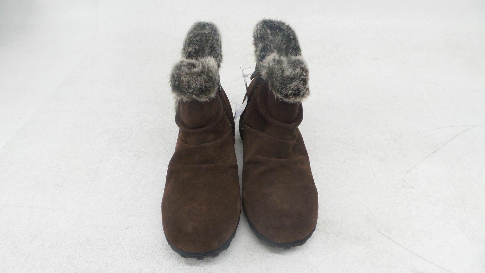 New Khombu Boots All Weather Style. OR BROWN.