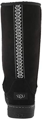 UGG Women's Tall Revival Black, M US